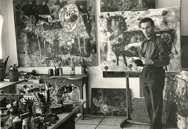 Photo atelier de peinture noir et blanc Théo TOBIASSE jeune